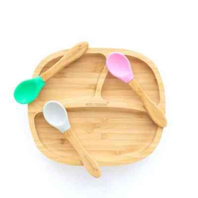 Pequeñas cucharas ergonómicas para bebés diferentes colores