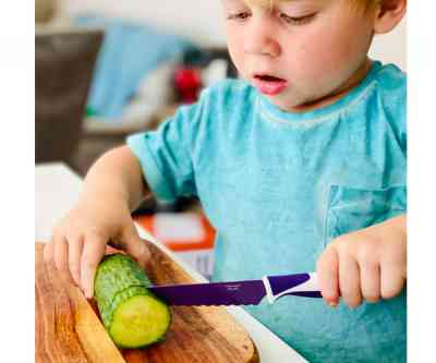 Lifestyle cuchillo infantil de aprendizaje y autonomía morado